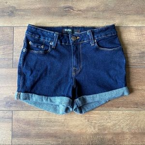 BDG | Shortie Dark Wash Cuffed Jean Shorts | 27